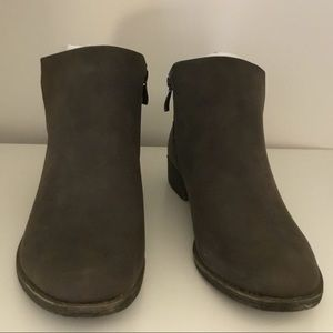 241 SALE 2/25 - Boots - Ankle Boots, Casual